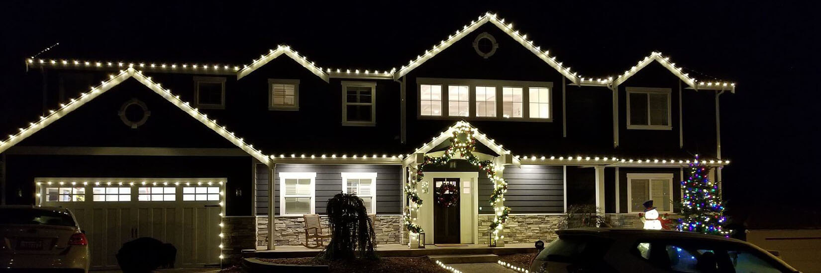 Issaquah Christmas Light Installation, Holiday Lighting Installation and Christmas Light Company